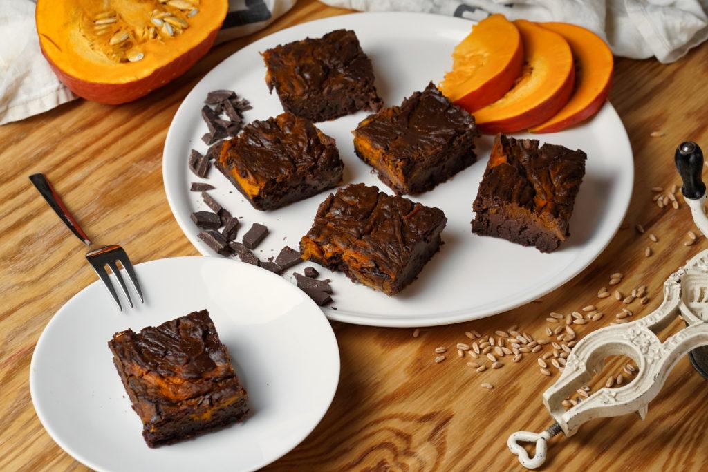 Kürbis-Dinkel-Brownies